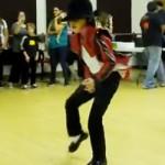 【動画】あの人気歌手のダンスの振り付けを完全にマスターしちゃった少年が話題