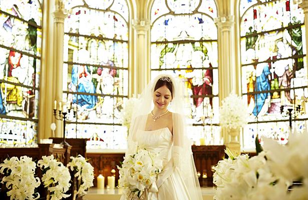 【結婚式】ステンドグラスが綺麗な東京近郊のチャペル3選